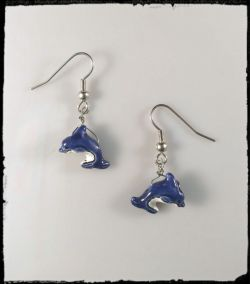 Earrings:Dolphins