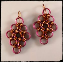 Earrings:Fuchsia/Copper Chainmaille [ea]